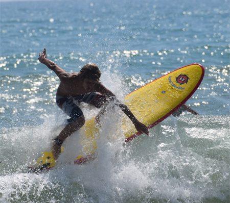Best surfboards for kids and beginners Liquid Shredder