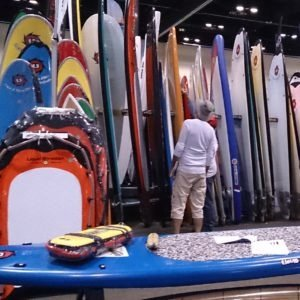 Best Beginner Surfboard Buyers Guide - Surfboard